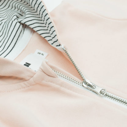 FRIEDA FREI Hoodie Companion in Peach - Detail